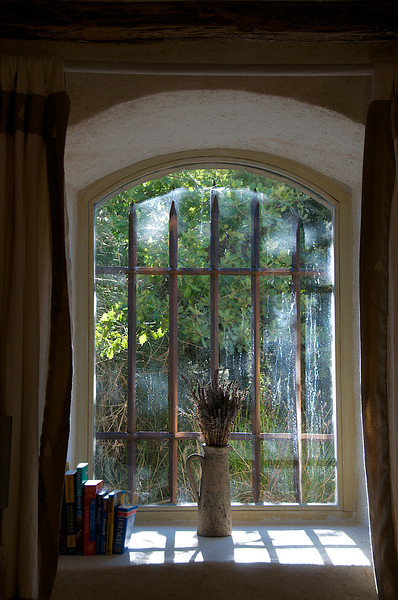 Window in Buoux gite – Lo Jas dei Barrulaires