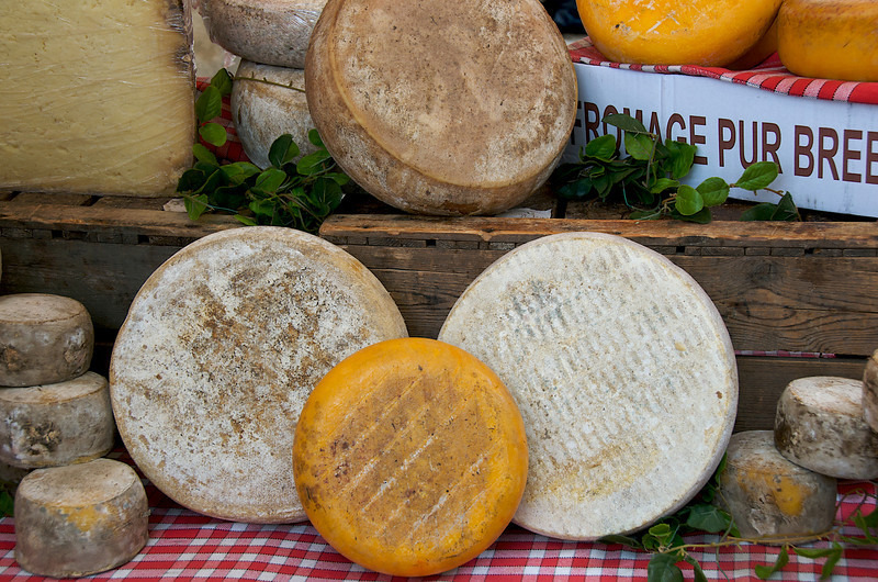 Cheeses in Lourmarin market