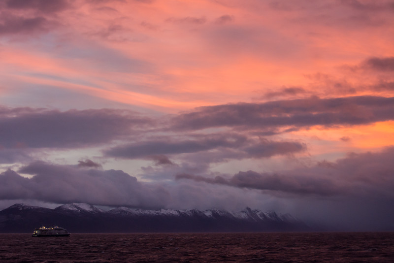 WAb692 Cruise Ship, Almirantazgo Bay, Darwin Range, Patagonia, Chile