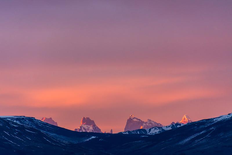 WAb1711 Sunrise, Andes Mtns, La Anita Valley, El Calafate, Argentina