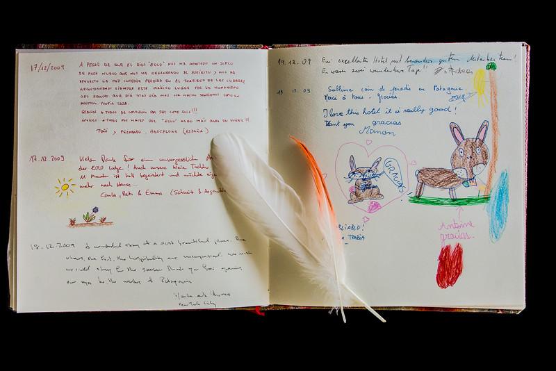WBb2019 Feathers & Guest Book, Eolo Lodge, La Anita Valley, El Calafate, Argentina