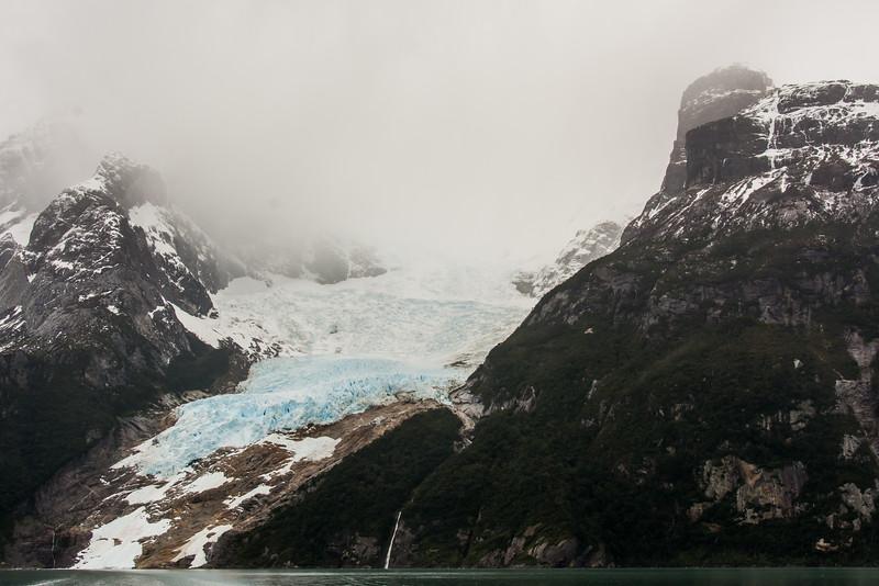 WAb1999 Hanging Glacier & Waterfall, Torres del Paine NP, Puerto Natales, Chile