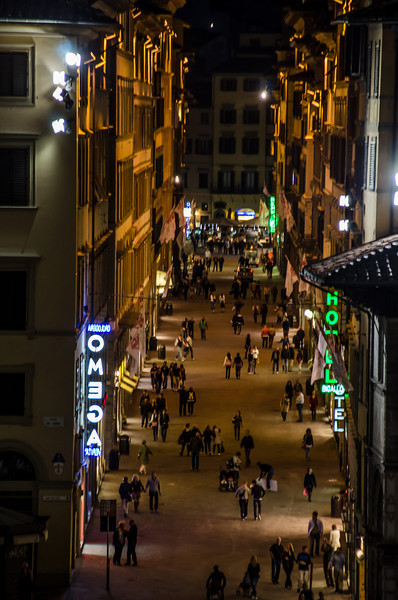 WBb157 - Nighttime Street Scene, Florence, Italy