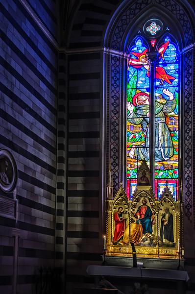 WBb981 - San Francesco Cathedral, Siena, Italy