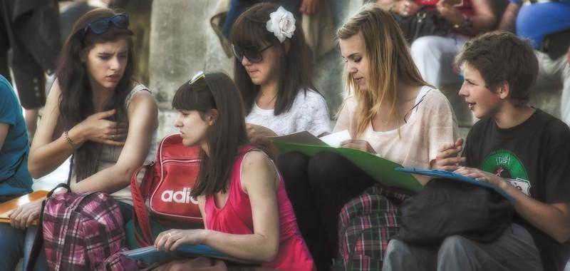 PB246 - Art Students, Pisa, Italy