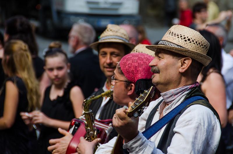 PB227 - Wedding Performers, Cortona, Italy