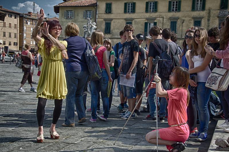 PB233 - Photographer, Pisa, Italy