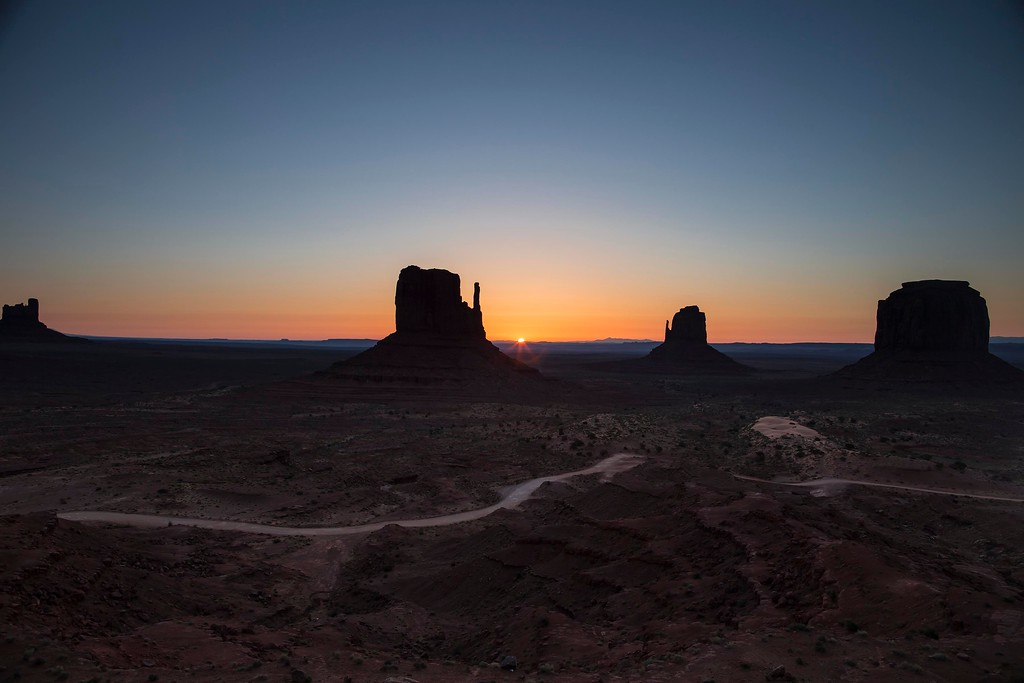 Sunrise, Monument Valley Navajo Tribal Park, Arizona