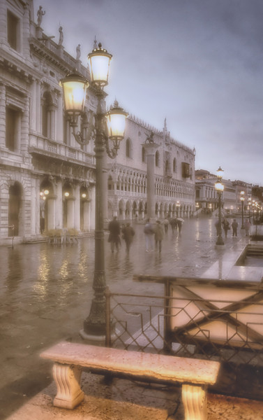 WBb6 Rainy Day, Venice, Italy