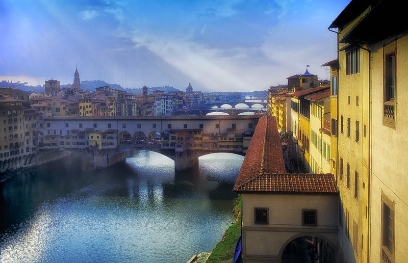 WBb26 Arno River and Ponte Vecchio, Florence, Italy