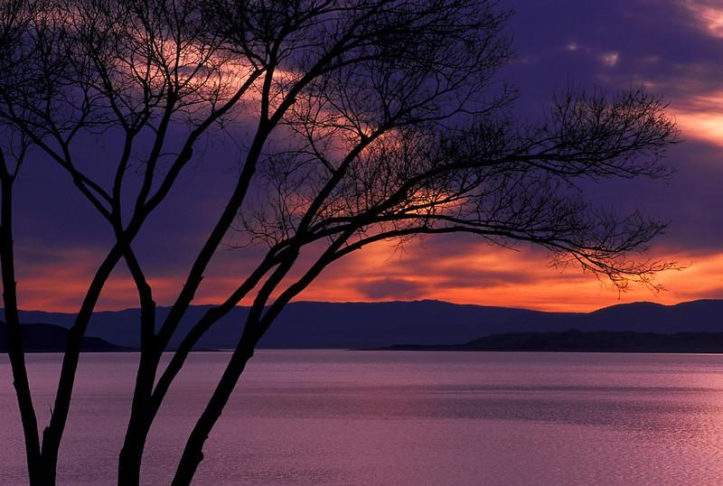 WAa172 - Mono Lake Sunrise, CA