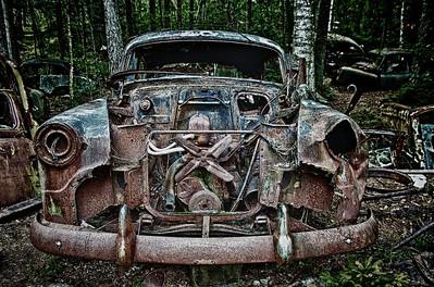 Broken Dreams - Ryd, Småland, Sweden  mehr dazu im Blog: Schrottplatz im Moor