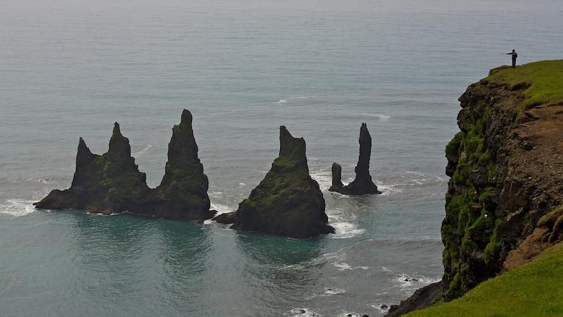Blick auf Reynisdrangar, Island<br /> View on Reynisdrangar, Iceland