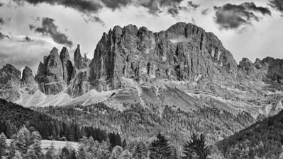 Rosengarten - Dolomiten, Südtirol, Italien  Rosengarten - Dolomites, South Tyrol, Italy - mehr dazu im Blog: Dolomiten in Schwarzweiß