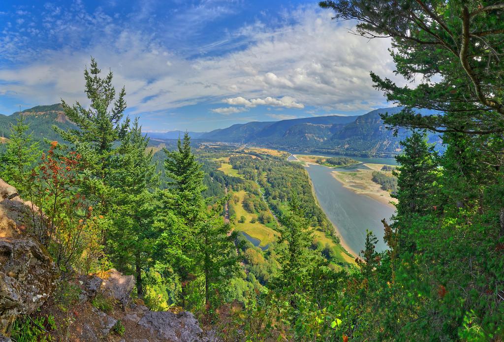 Beacon Rock Vista, Columbia River Gorge, WA
