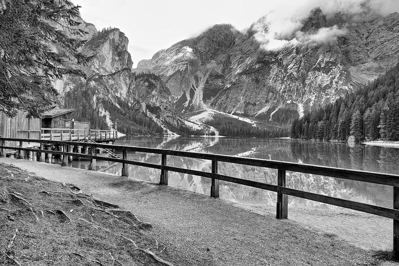 """Pragser Wildsee - Dolomiten, Südtirol, Italien<br /><br />  Lago di Braies - Dolomites, South Tyrol, Italy<br /><br /> - mehr dazu im Blog: <br /><a href=""""http://arnohelfer.wordpress.com/2013/02/24/dolomiten-in-schwarzweis/"""">Dolomiten in Schwarzweiß</a><br />"""