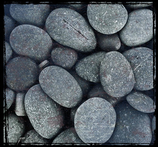 Pebbles (iPhone 4S)