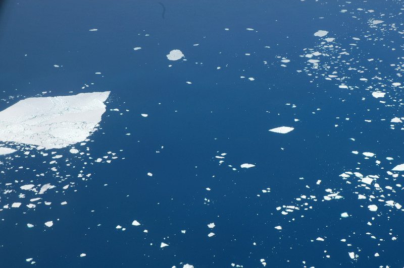 Ariel view of Antarctica's icebergs. Prime Minister John Key's visit to Antarctica, Jan 2013. Credit New Zealand Ministry of Foreign Affairs and Trade