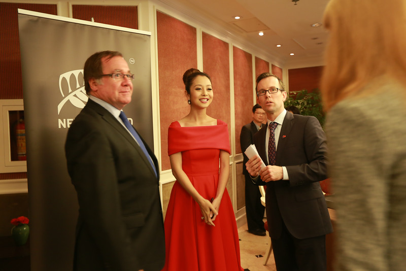 Hon Murray McCully, New Zealand's Minister of Foreign Affairs, officially launched two new exciting initiatives designed to promote New Zealand in Viet Nam:  a nationwide New Zealand tourism themed competition and the appointment of well-known Vietnamese personality, Ms Jennifer Pham, as the New Zealand Embassy's Honorary Tourism Envoy in Viet Nam for 2014.