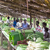 Roadside market at Tinputz, Papua New Guinea. Credit: New Zealand Ministry of Foreign Affairs and Trade