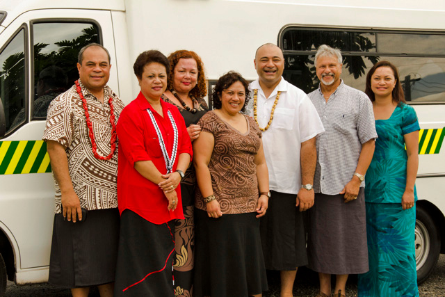 Presentation of an ambulance from Counties Manukau DHB (l-r, Sir William Su'a MP; Mrs Asenati Lole-Taylor MP; Elizabeth Powell, Counties Manukau DHB; Sandra Alofivae, Counties Manukau DHB; Sam Lotu-Liga MP; Arthur Anae, Counties Manukau DHB Board; Lani Stowers, Counties Manukau DHB). During the Samoan Independence Celebrations. Credit Office of the Governor General