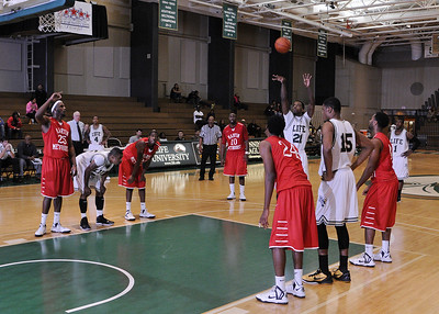 BBall_LU v Martin Methodist_010713_17_sm_17