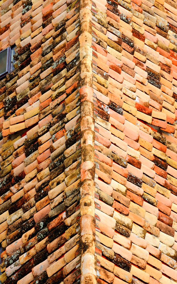 Roof in Dubrovnik~4280-1.