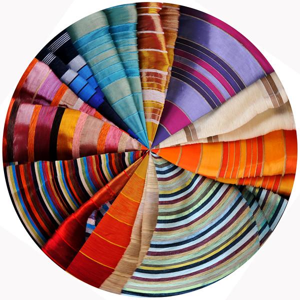 Cloth in Marrakech~3351-2pcr.
