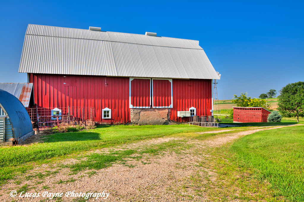 Barn in Northeast Iowa.<br /> June 30, 2011<br /> HDR
