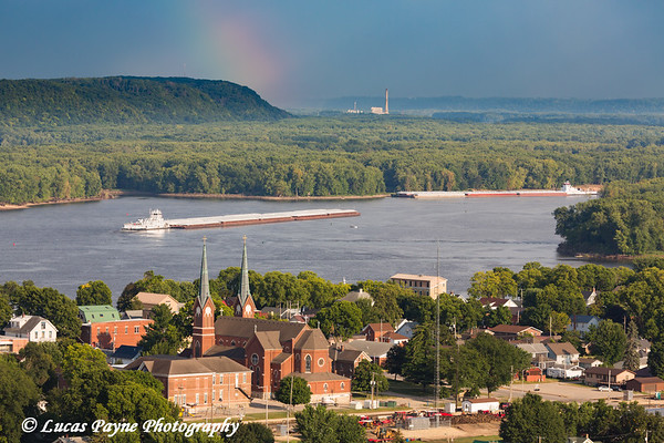 Barge traffic on the Mississippi River travelling past Guttenberg, Iowa<br /> <br /> August 14, 2017