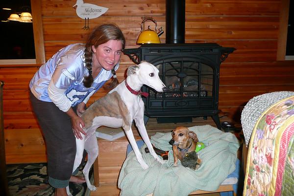 Camano Visit with Cecilia, Alison, Pat, Linda & the Grand Dogs