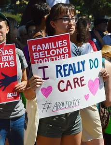 family separation protest (4)