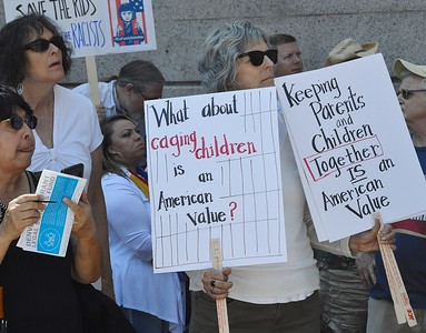 family separation protest (13)