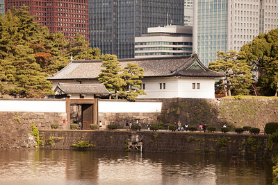 Hanzo-mon Gate