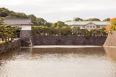 Sakashita-mon and Imperial Household Agency