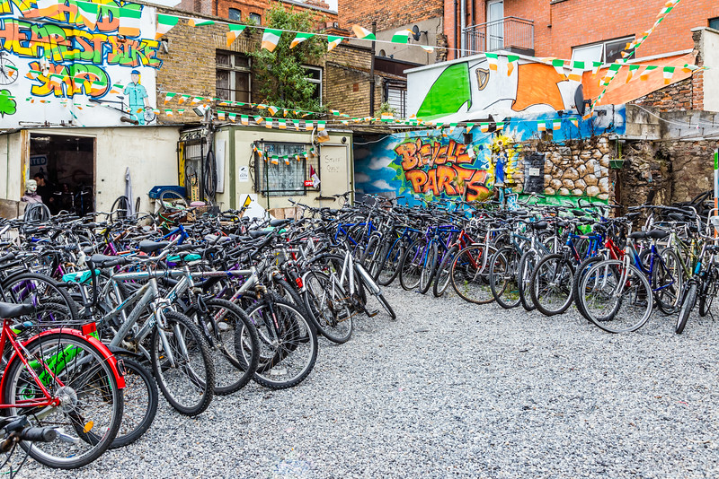 REPUBLIC OF IRELAND-DUBLIN-BICYCLE SHOP