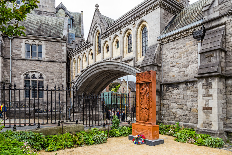 REPUBLIC OF IRELAND-DUBLIN-CHRIST CHURCH CATHEDRAL ARCH