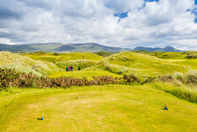 REPUBLIC OF IRELAND-RING OF KERRY-WATERVILLE-WATERVILLE LINKS-MASS HOLE-12th TEE BOX