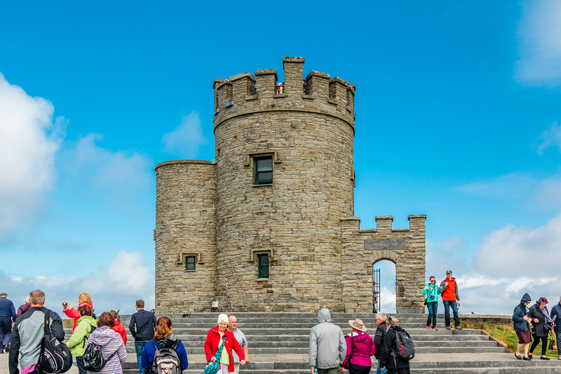 REPUBLIC OF IRELAND-CLIFFS OF MOHER-O'Brien's Tower