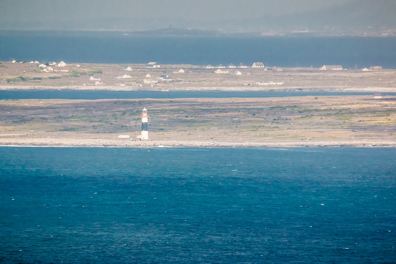 REPUBLIC OF IRELAND-ARANS ISLANDS-INISHEER LIGHTHOUSE