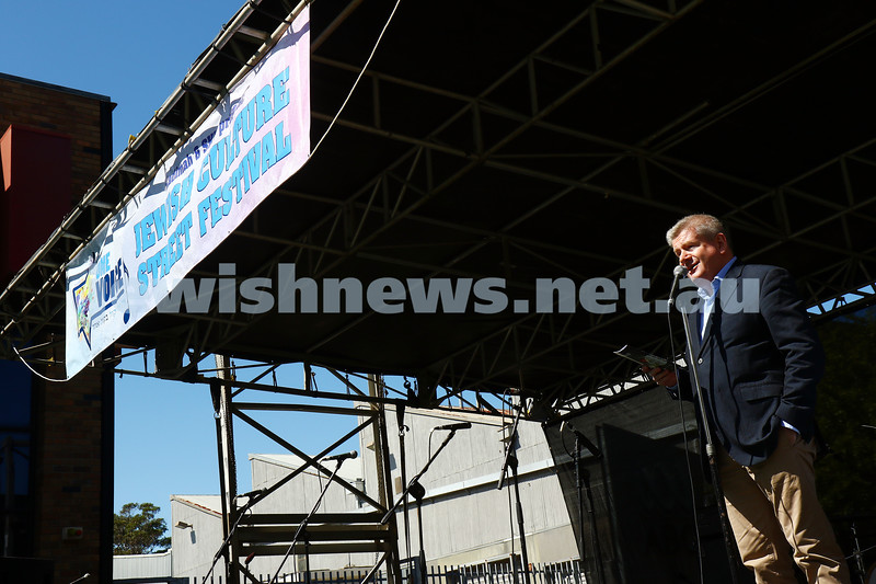 20-3-16. In One Voice 2016. Senator Mitch Fifield opens the festival. Photo: Peter Haskin