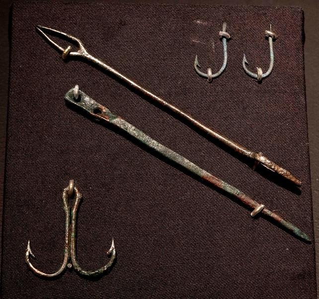 DSC00318 Fishing Tools
