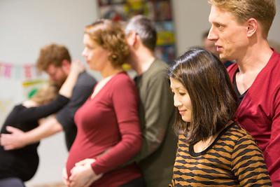 zwangerschapsyoga met partners  erbij, 10 februari 2015, foto; Katrien Mulder
