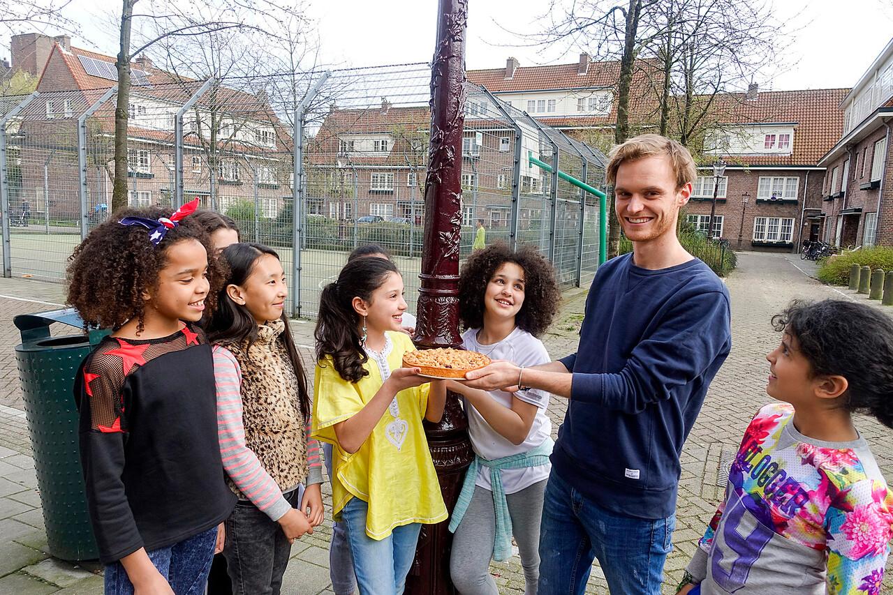 Amsterdam, vrijwilliger van de maand, Joep 4 april 2016, foto: Katrien Mulder