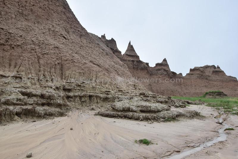 Badlands Natl Pk, Rain storm remnants
