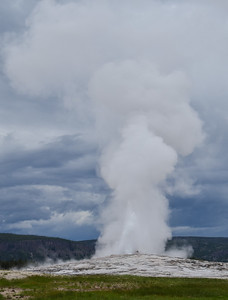 Old Faithful, Yellowstone Natl Park