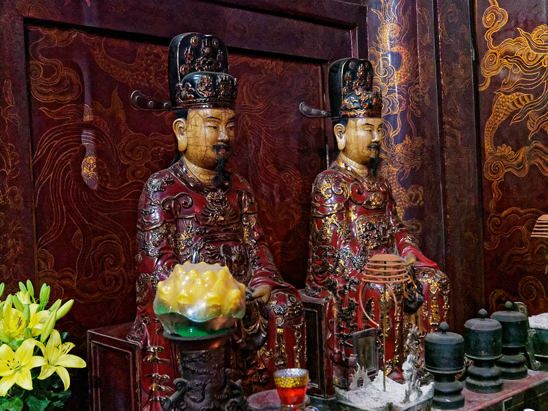 Two other kings of the Dinh dynasty