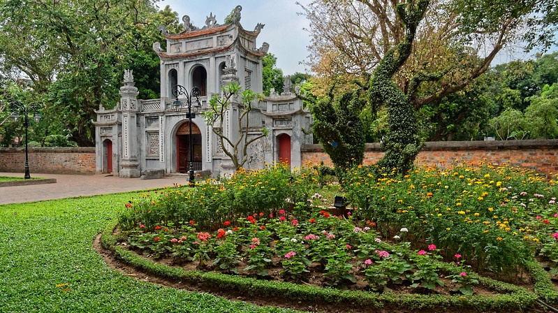 The entrance pavilion at the Temple of Literature