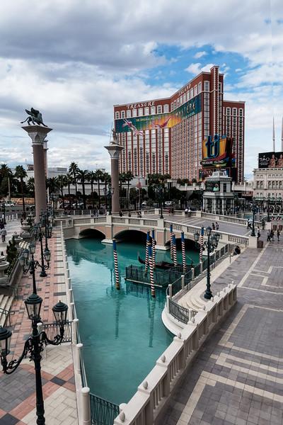 Treasure Island and Venetian Casinos, Las Vegas
