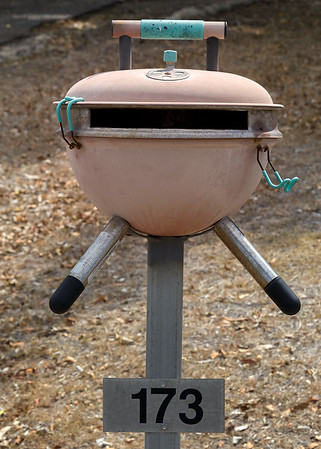 LB 116 The Kettle BBQ Letterbox